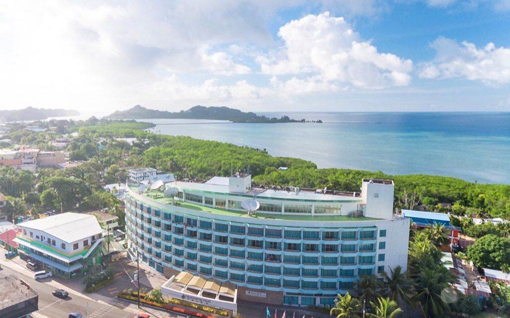 Sam's Tours & Palasia Hotel Palau: Paketangebot inkl. Flug 2021/22
