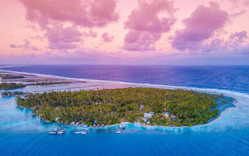 https://as-tauchreisen.de/wp-content/uploads/01-tetamanu-village-and-diving-fakarava-franzoesisch-polynesien-suedsee-tauchen-1024x640.jpg