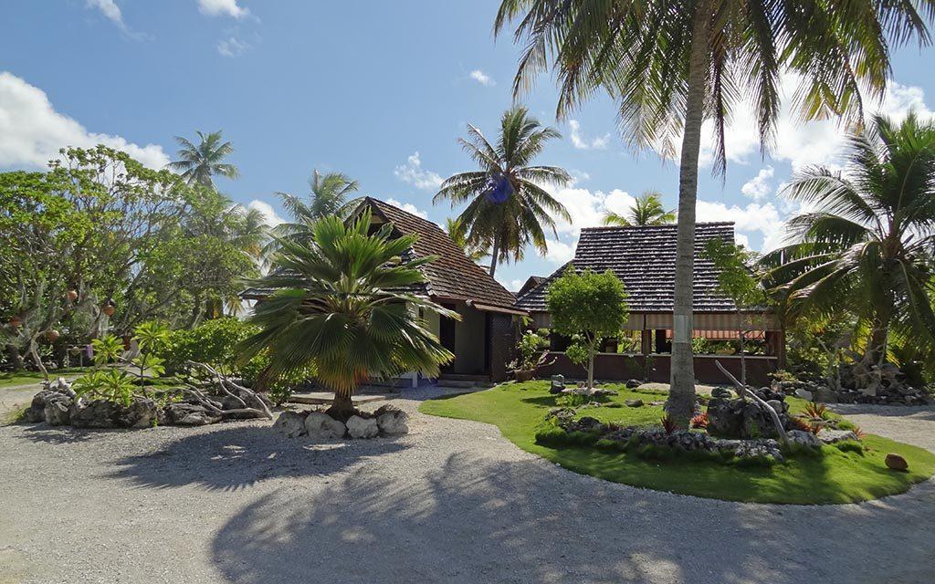 https://as-tauchreisen.de/wp-content/uploads/01-tokerau-village-pension-fakarava-franzoesisch-polynesien-suedsee-tauchurlaub-1024x640.jpg