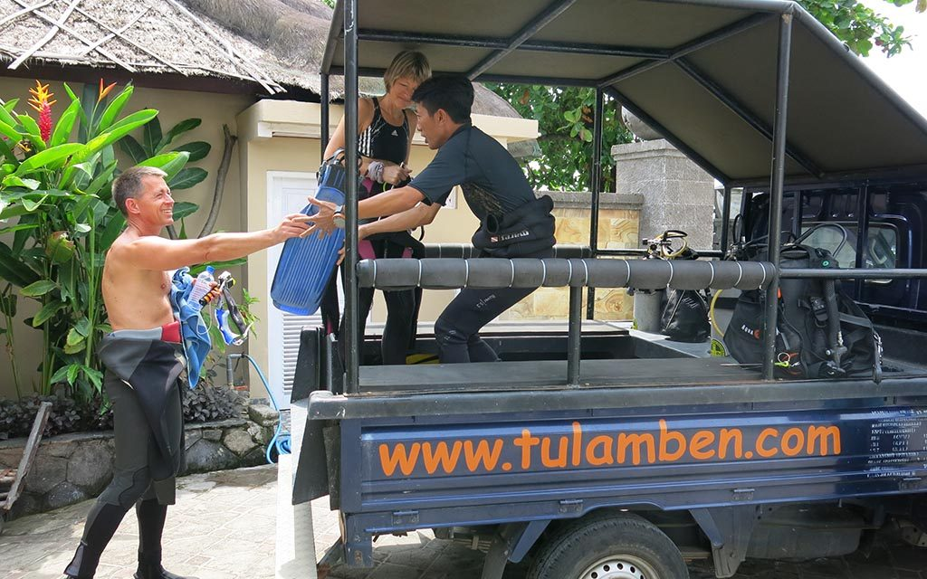 https://as-tauchreisen.de/wp-content/uploads/07-tauch-terminal-tulamben-tauchbasis-bali-indonesien-1024x640.jpg