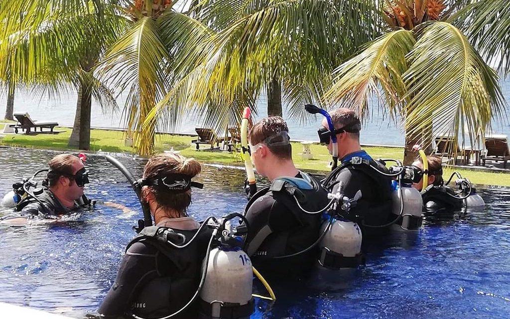 https://as-tauchreisen.de/wp-content/uploads/11-kubu-indah-dive-spa-resort-tauchbasis-bali-indonesien-1024x640.jpg
