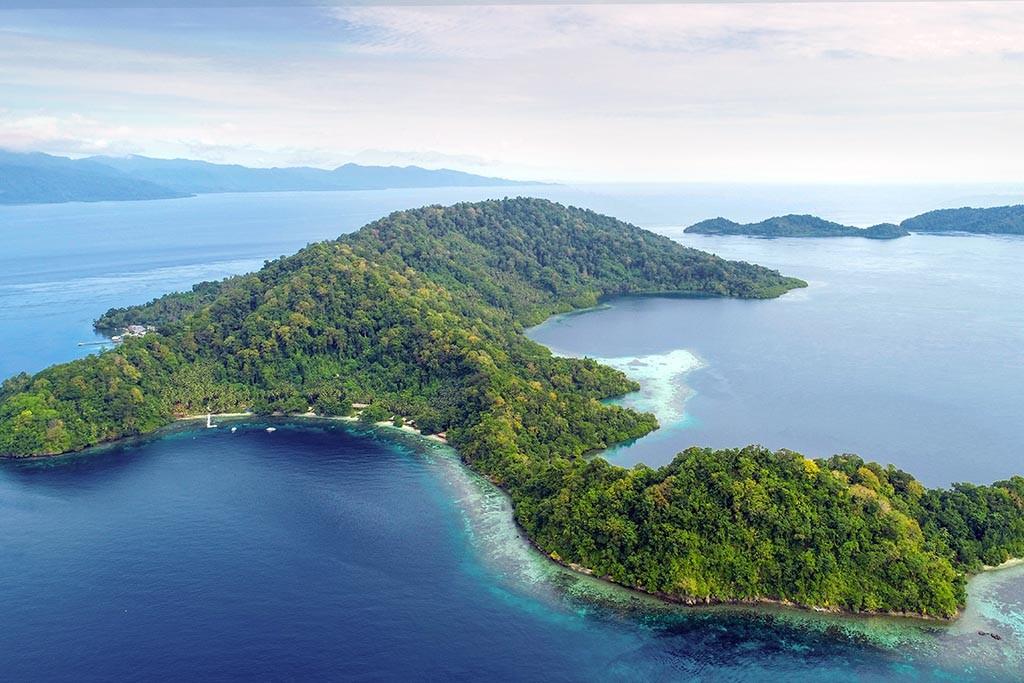 12 sali bay resort molukken tauchreisen indonesien 1