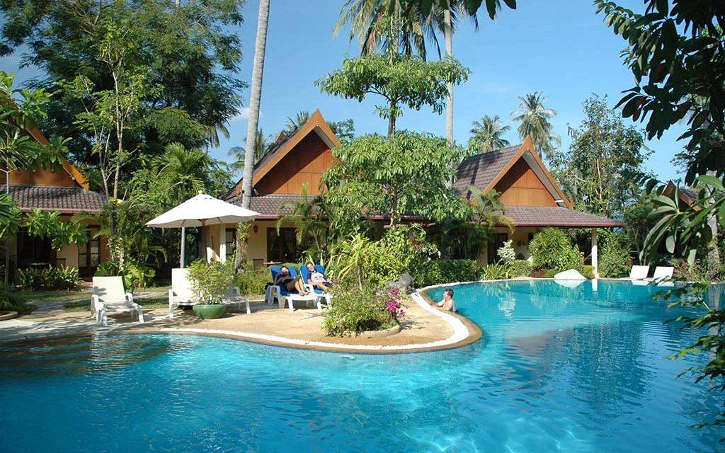 https://as-tauchreisen.de/wp-content/uploads/Palm-Garden-Phuket-06-1024x640.jpg