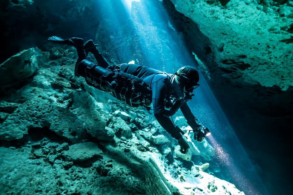 cenoten tauchen 01 maya blue dive center hoehlentauchen mexiko